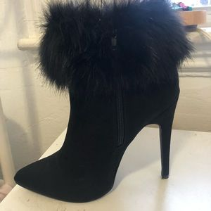 Forever 21 faux fur heeled boots